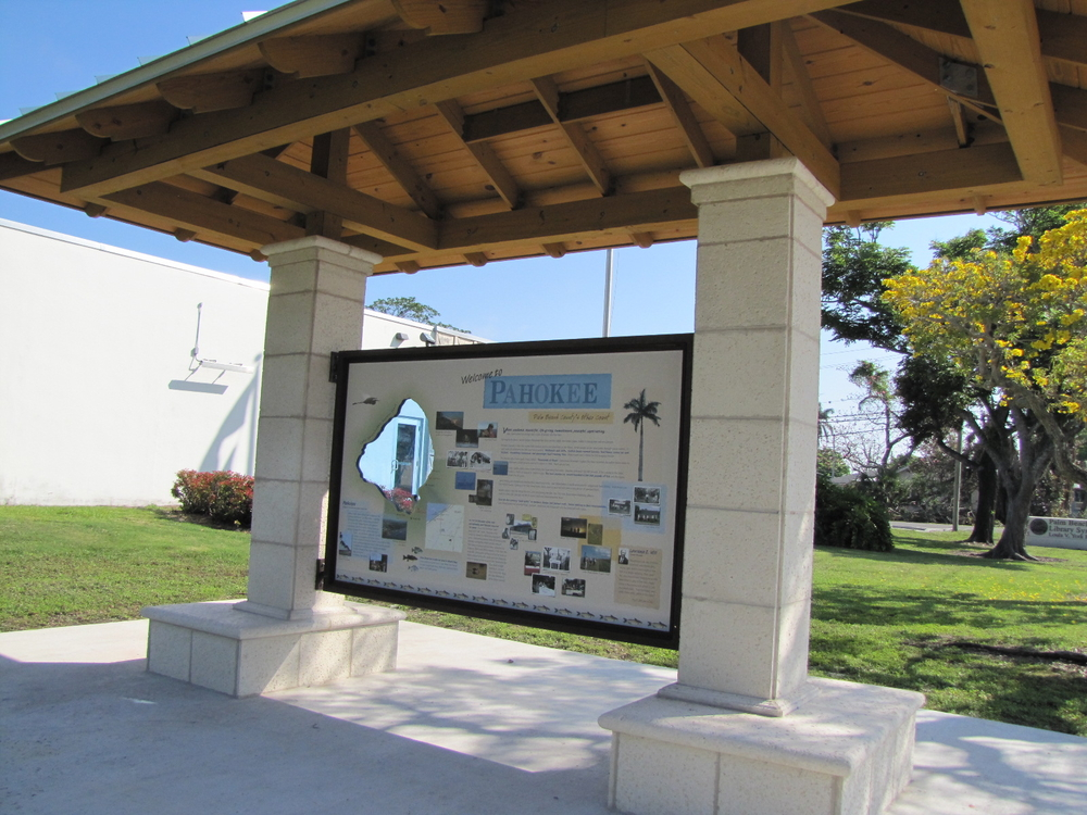 Lake Okeechobbe Senic Trail Econimic Development Pahokee Kiosk.jpg
