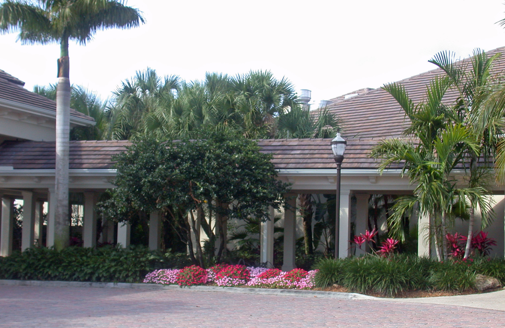 Loxahatchee Golf Club Jupiter Entry Drive.jpg