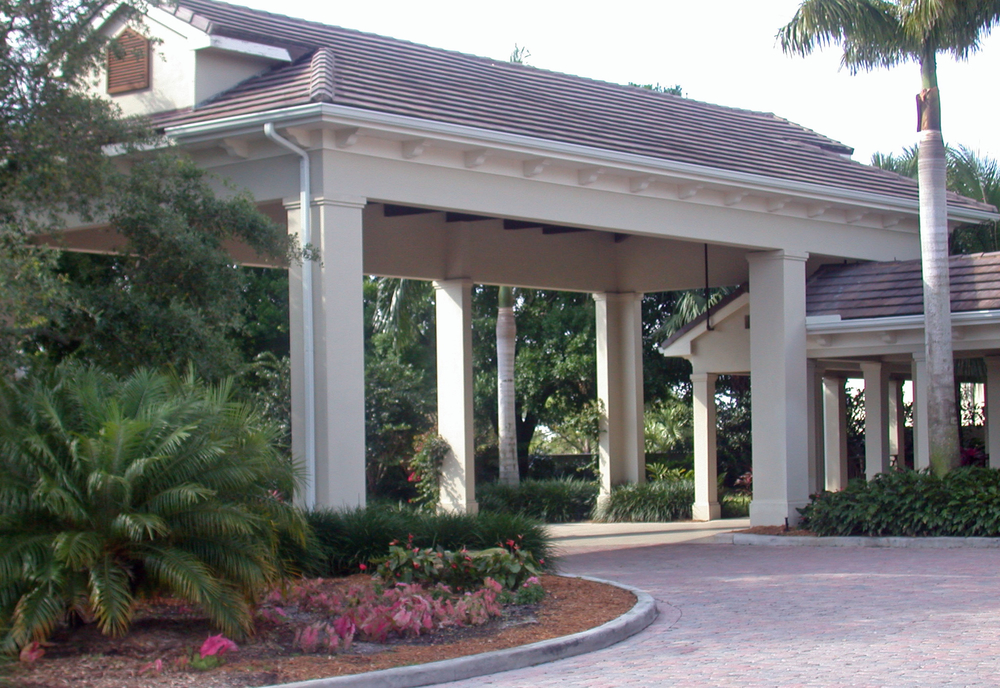Loxahatchee Golf Club Jupiter Porte Cochere.jpg