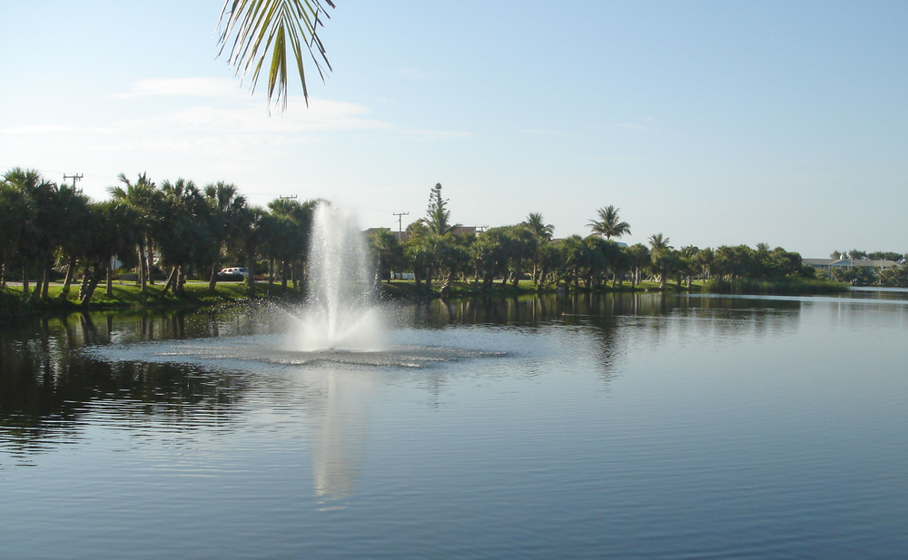 Pelican Lake Park Juno Beach Florida Fountain.jpg