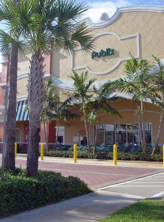 Publix Chasewood Plaza Jupiter Florida Pedestrian Crossing.jpg