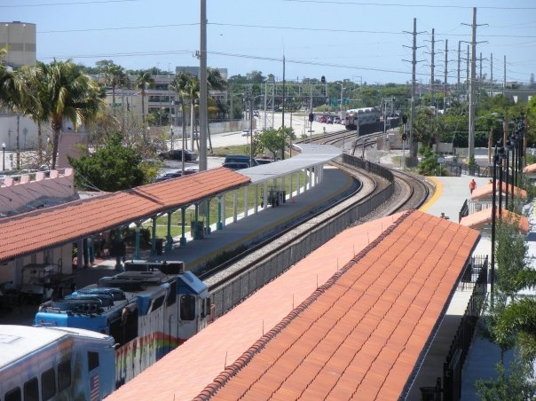 West Palm Beach Intermodal Transfer Facility TriRail train station.jpg