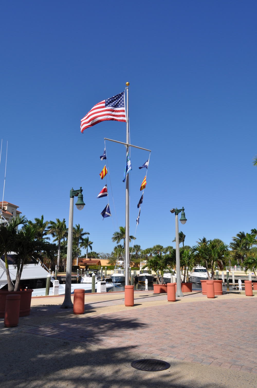 Jupiter Yacht Club Florida Nautical Flag Pole.JPG