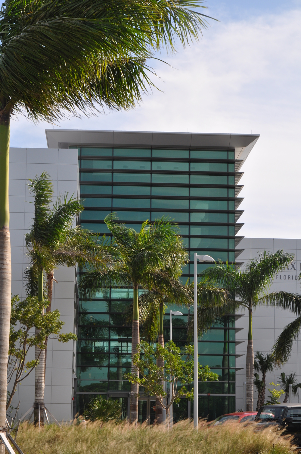 Max Planck  Florida Building Entry.JPG