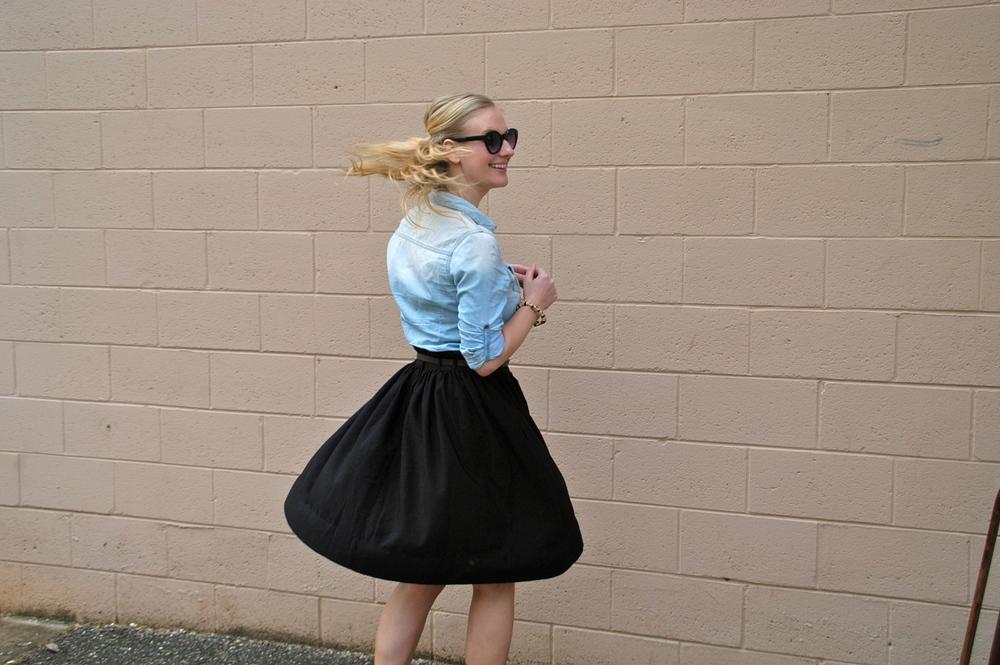 Skirt: H&M | Button-up: Target | Shoes: H&M | Purse: ShoeDazzle | Glasses: Target | Jewelry: Vintage, H&M, Target