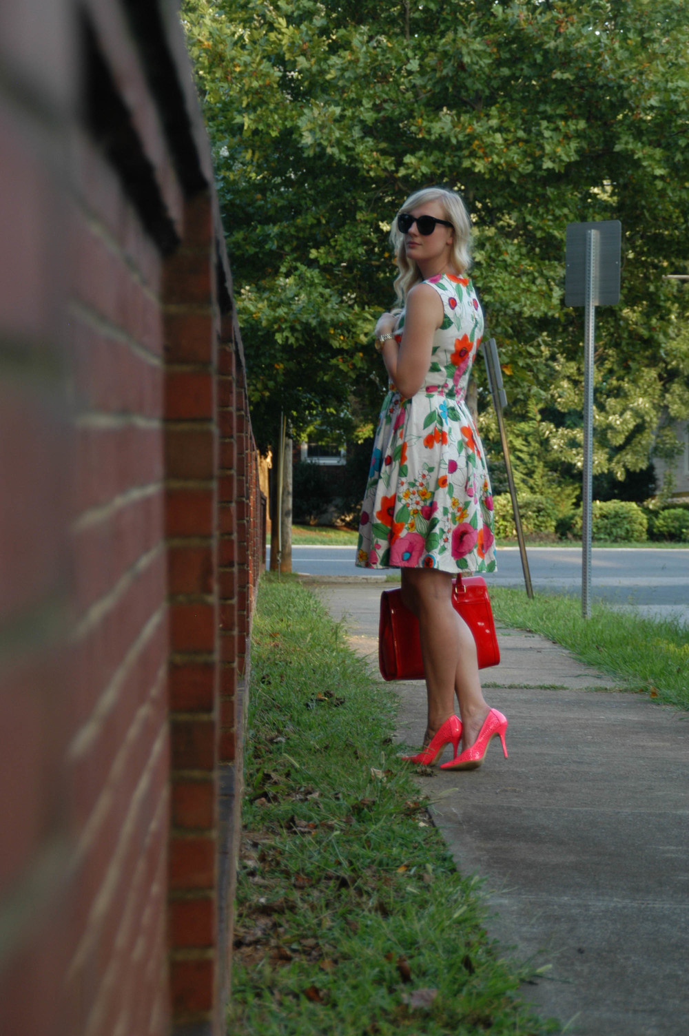 Dress: Handmade (Pattern: Cynthia Rowley #1873) | Shoes: ShoeDazzle | Purse: V&D (Europe) | Jewelry: H&M, Walmart | Glasses: Forever21