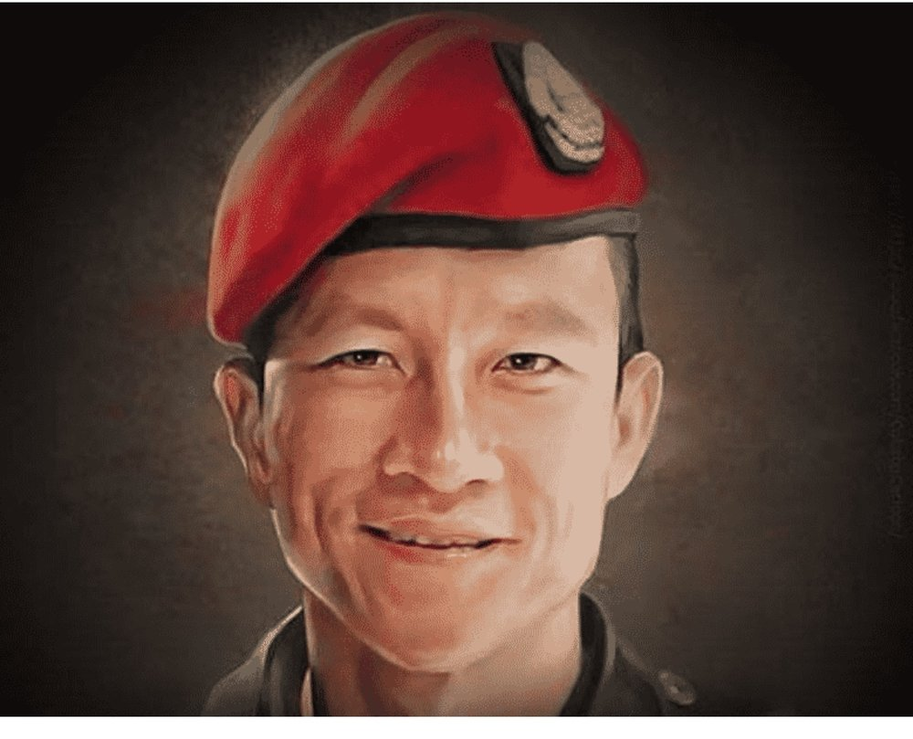 Navy Seal saman kunan that laid down his life trying to rescue the 13 boys trapped in a cave in thailand
