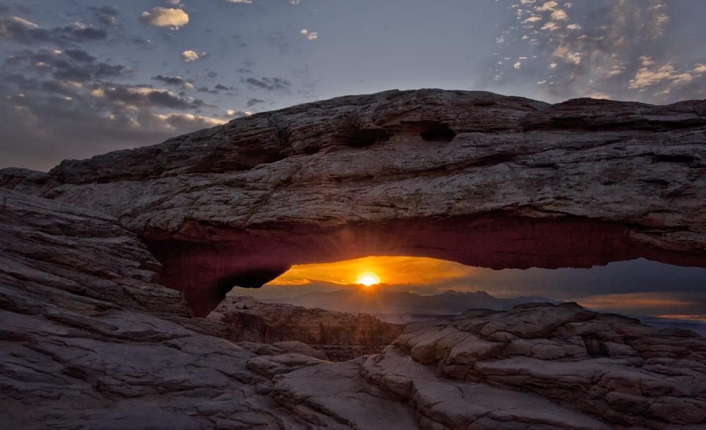 Mesa Arch Sun