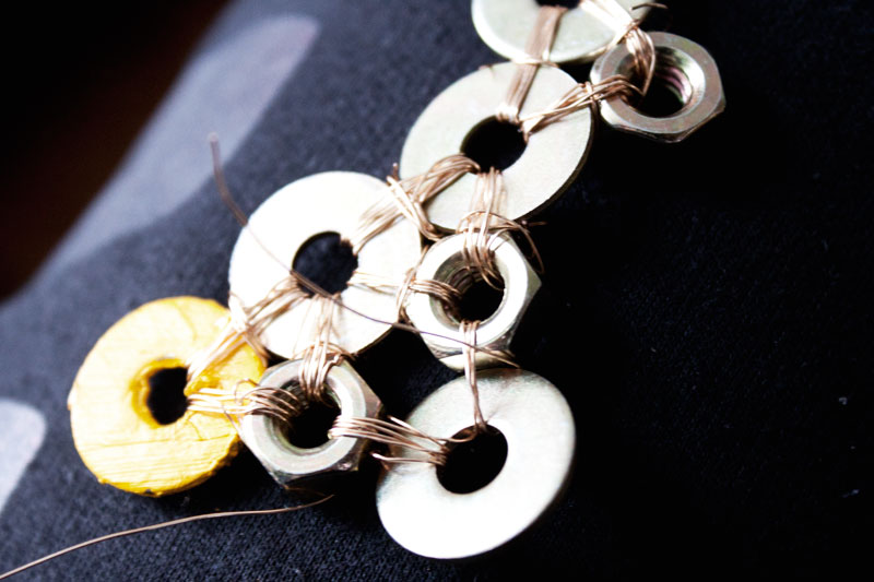 128js-DIY-Washer-Necklace-7.jpg