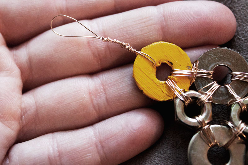 128js-DIY-Washer-Necklace-11.jpg