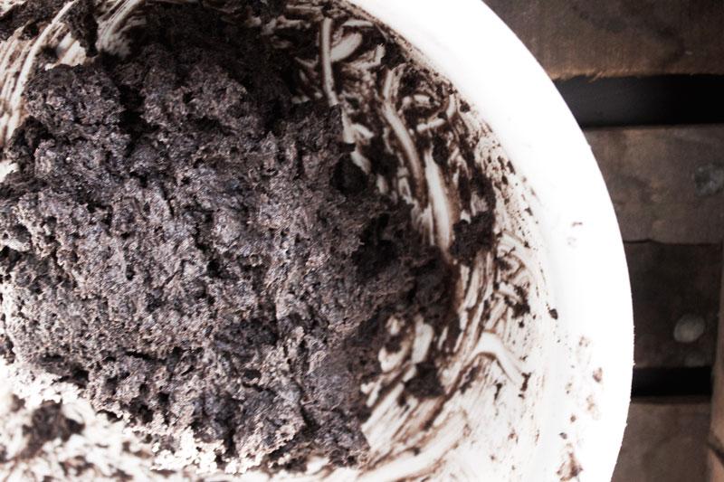 128js-Sweets-Oreo-Truffles-Dark-3-Blog.jpg