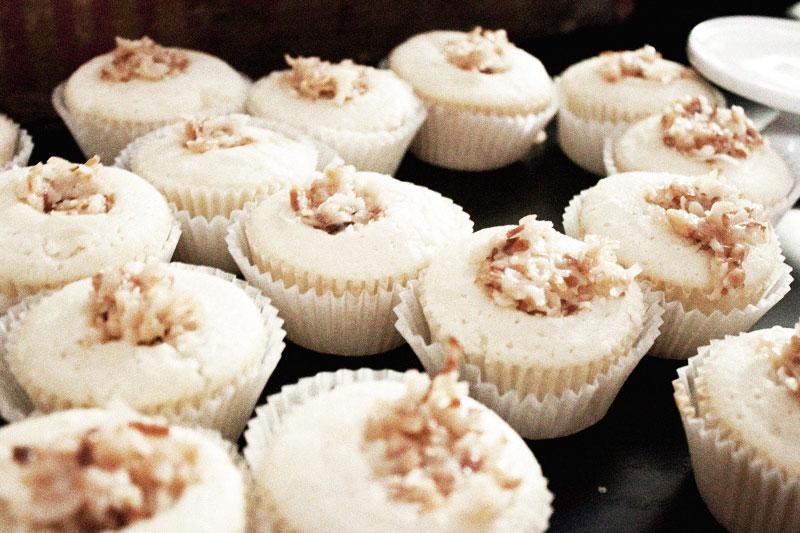 128js-Coconut-Cupcake-10.jpg