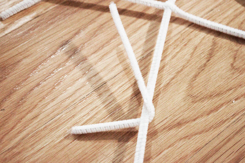 128js-DIY-Snowflake-1.jpg
