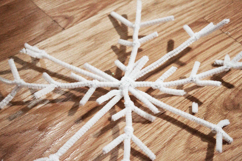 128js-DIY-Snowflake-3.jpg