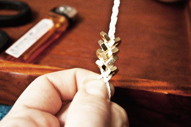 128js-Bolt-braid-necklace-5.jpg