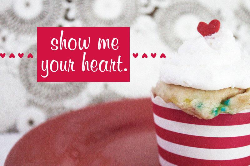 128js-Valentines-Heart-Cupcake-12-b.jpg