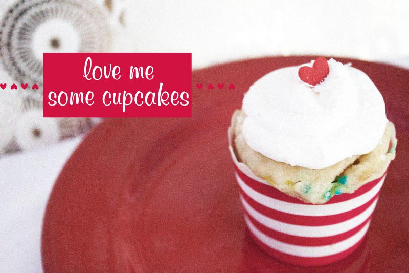 128js-Valentines-Heart-Cupcake-14-b.jpg