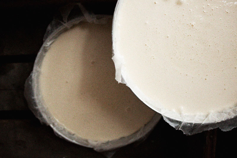 128js-Boston-Cream-Cake-7.jpg
