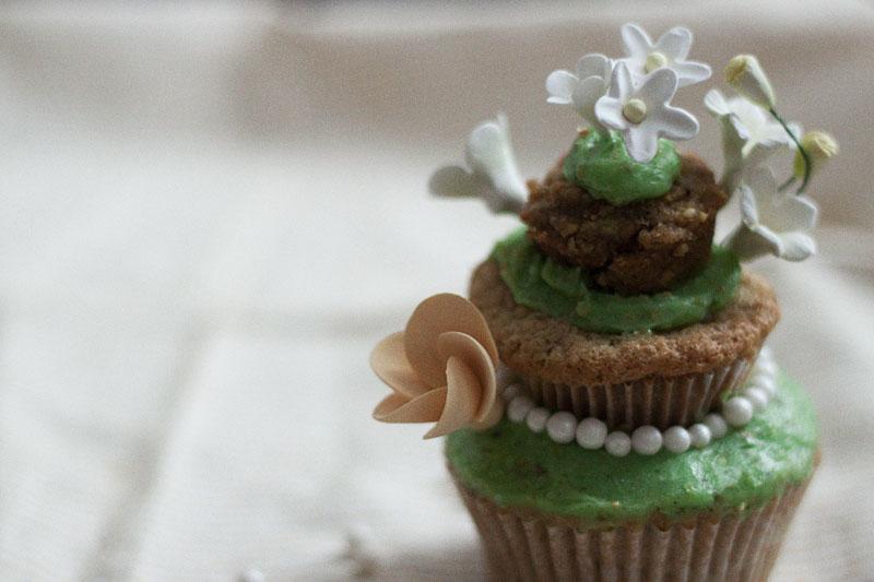 128js-Spring-Tiered-Pistachio-Cupcake-14.jpg