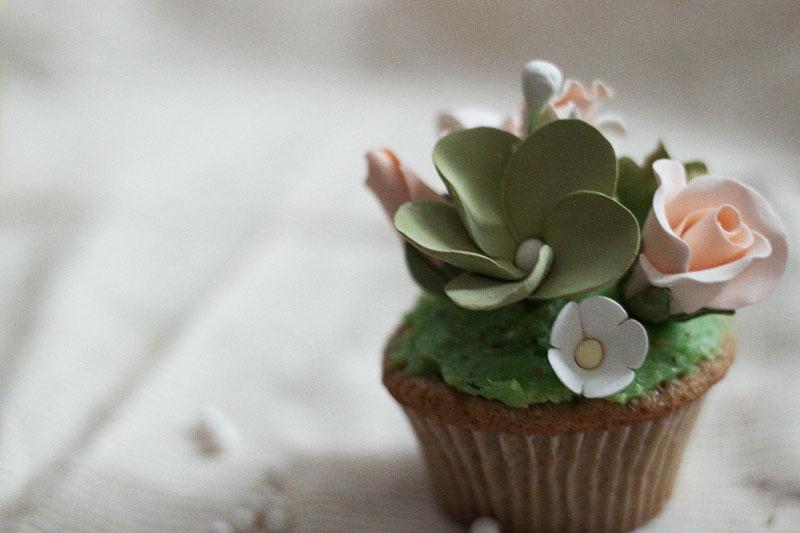 128js-Spring-Tiered-Pistachio-Cupcake-15.jpg