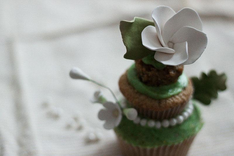 128js-Spring-Tiered-Pistachio-Cupcake-18.jpg