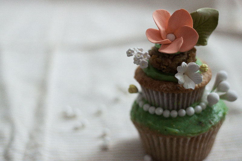 128js-Spring-Tiered-Pistachio-Cupcake-19.jpg