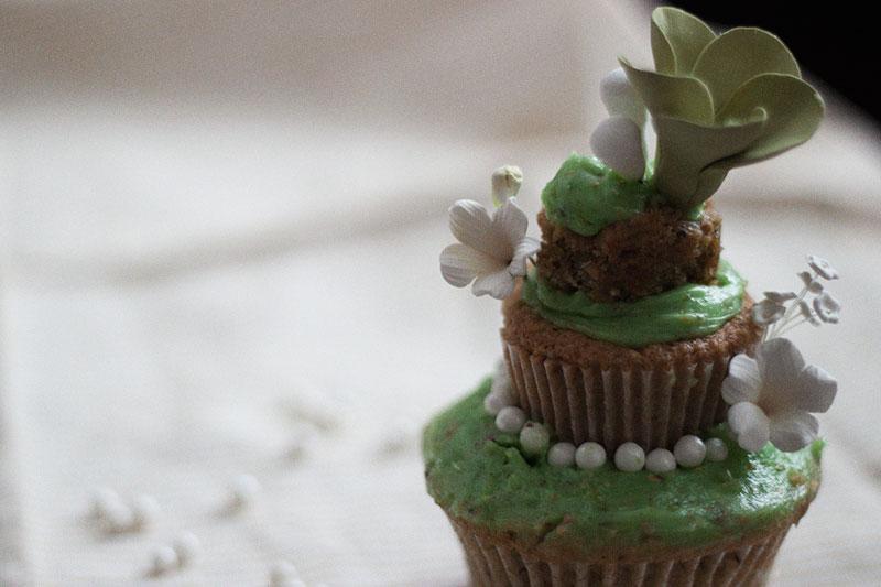 128js-Spring-Tiered-Pistachio-Cupcake-20.jpg