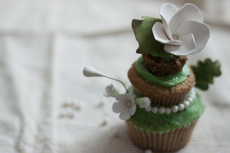 128js-Spring-Tiered-Pistachio-Cupcake-21.jpg