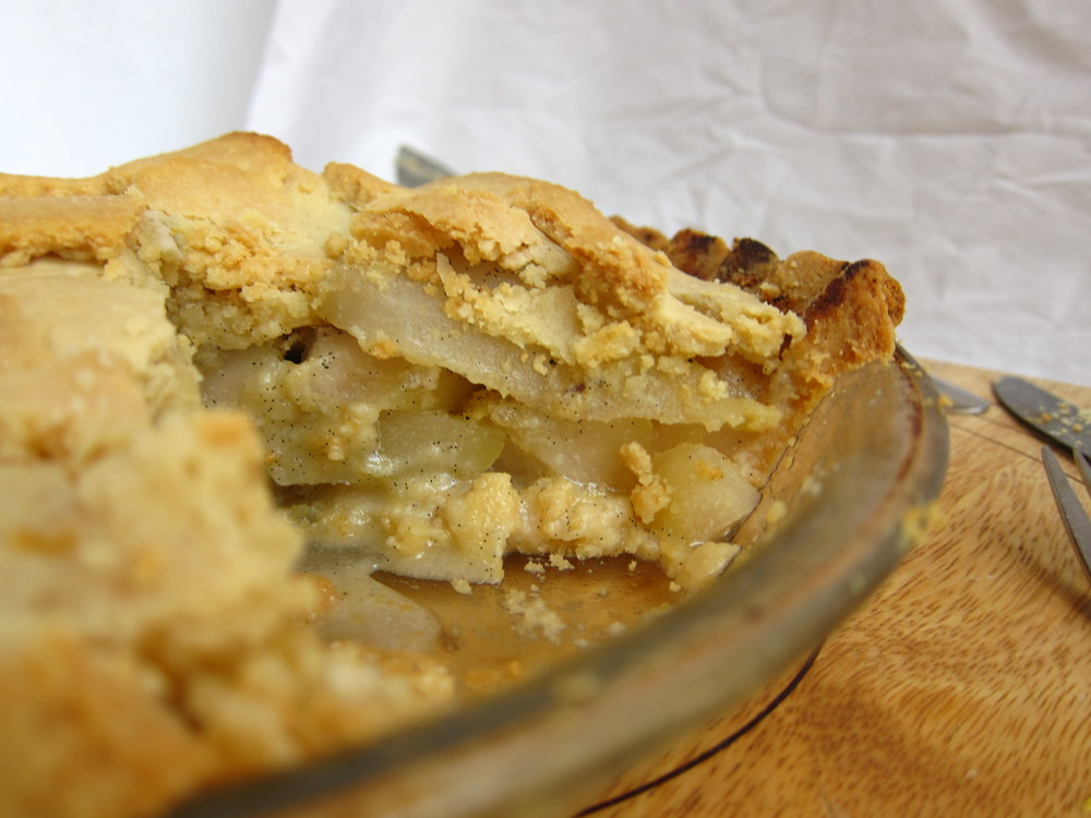 Grain-free Pear Pie coming live tomorrow