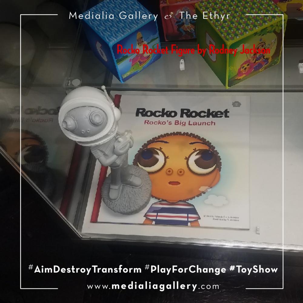 MedialiaGallery_The_Ethyr_AimDestroyTransform_Toy_Show_RodneyJackson_RockoRocket_YolandeClarkJackson_III_November_2017.jpg.png
