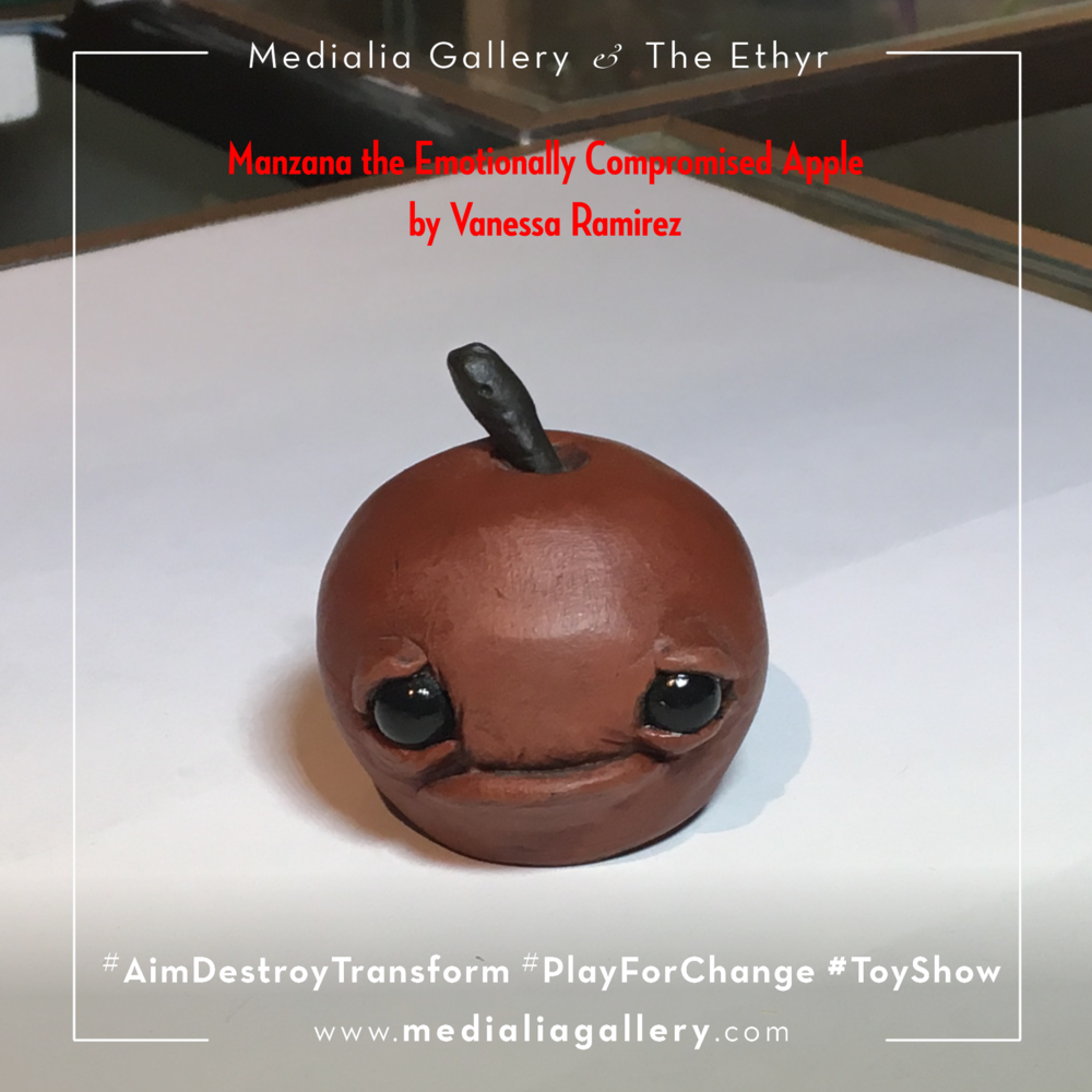 MedialiaGallery_The_Ethyr_AimDestroyTransform_Toy_Manzana_Tree_Stump_Gerry_Vannessa_Ramirez_V_November_2017.png