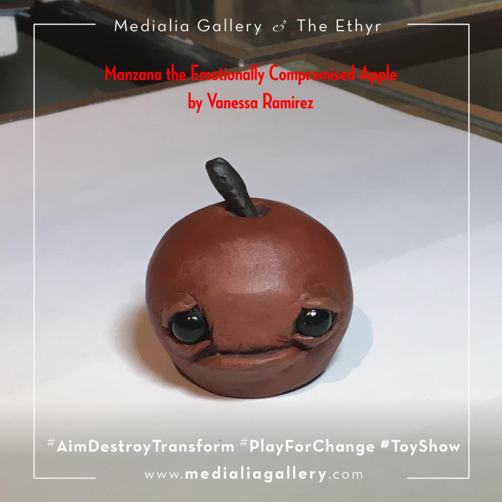 MedialiaGallery_The_Ethyr_AimDestroyTransform_Toy_Manzana_Tree_Stump_Gerry_Vannessa_Ramirez_V_November_2017.png