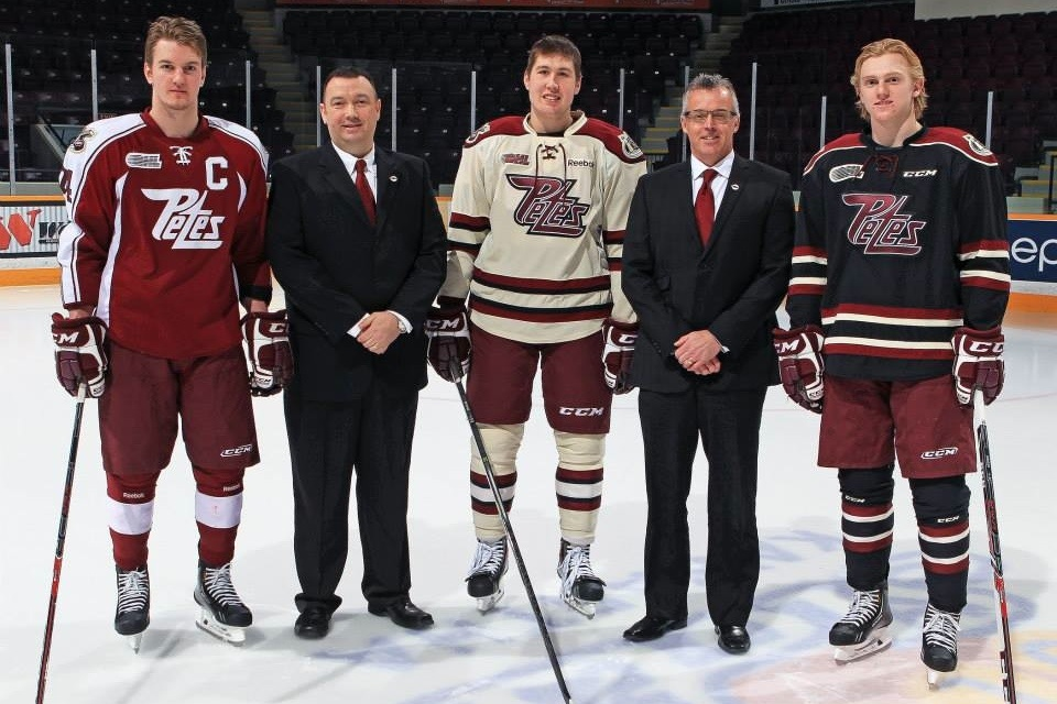 Peterborough Petes unveil new uniforms for 2014-15 season ... 94f29856806