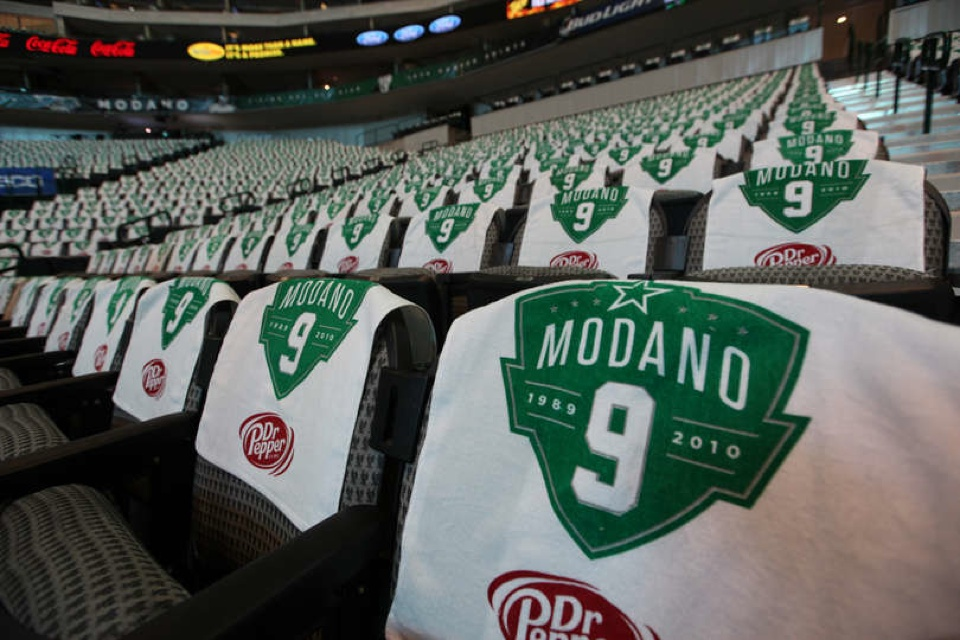 Fans in attendance we treated to these towels with the Modano logo.