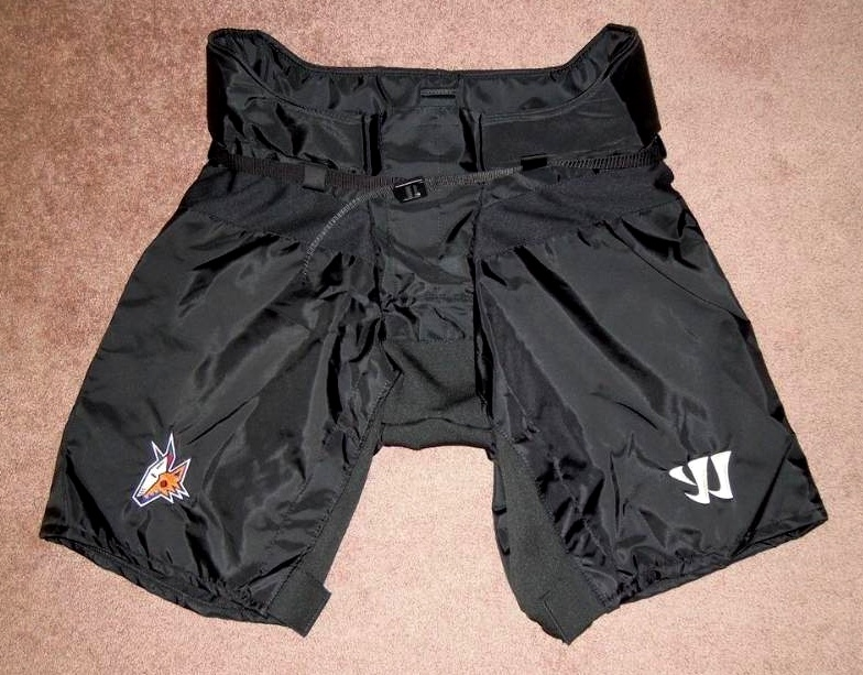 Special pant shell produced by Warrior Sports for Coyotes throwback uniform. / Photo origin unknown