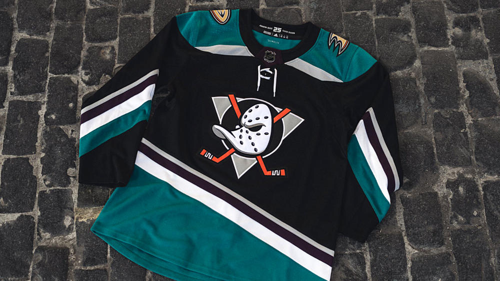 Anaheim Ducks third jersey, 2018—
