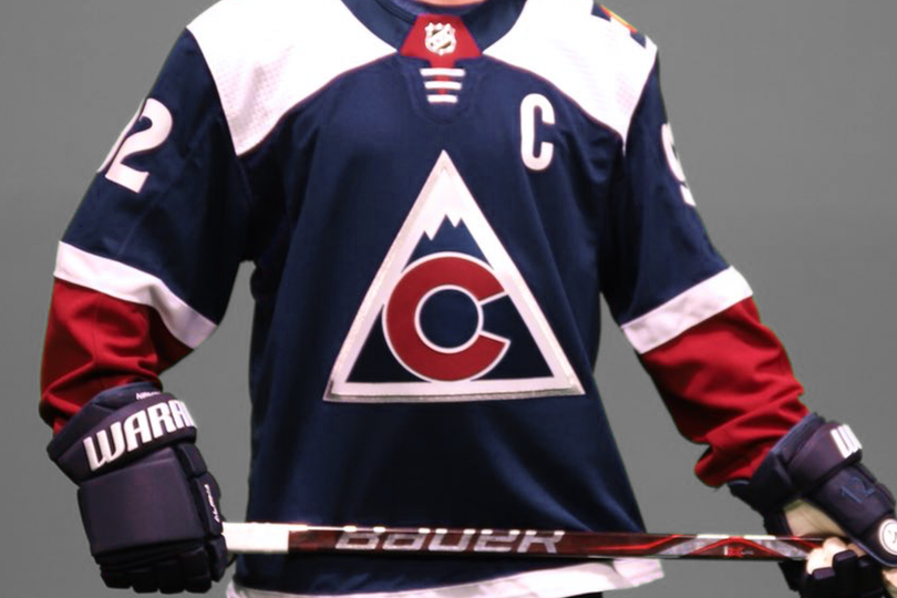 col18alt-jersey.png