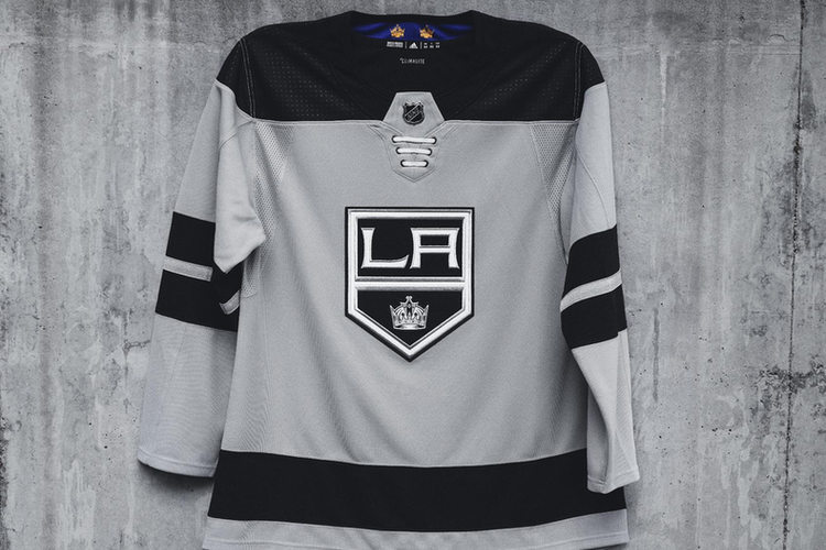 promo code 3818a 23656 Kings officially unveil new third jersey for 2018-19 ...