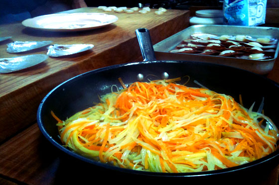 pan of cooked leeks and carrots