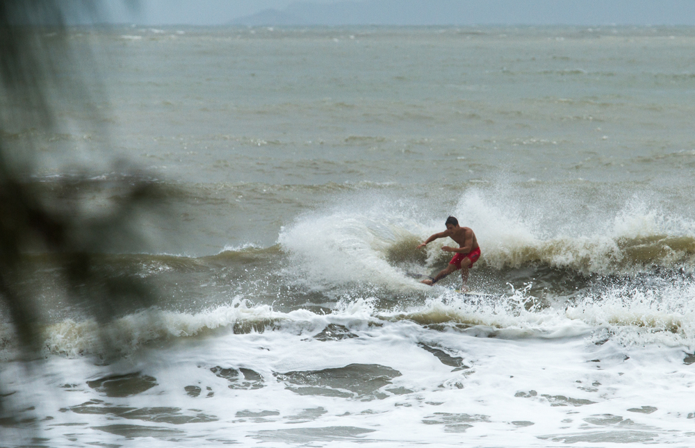 Typhoon Kalmaegi Surf-10.jpg