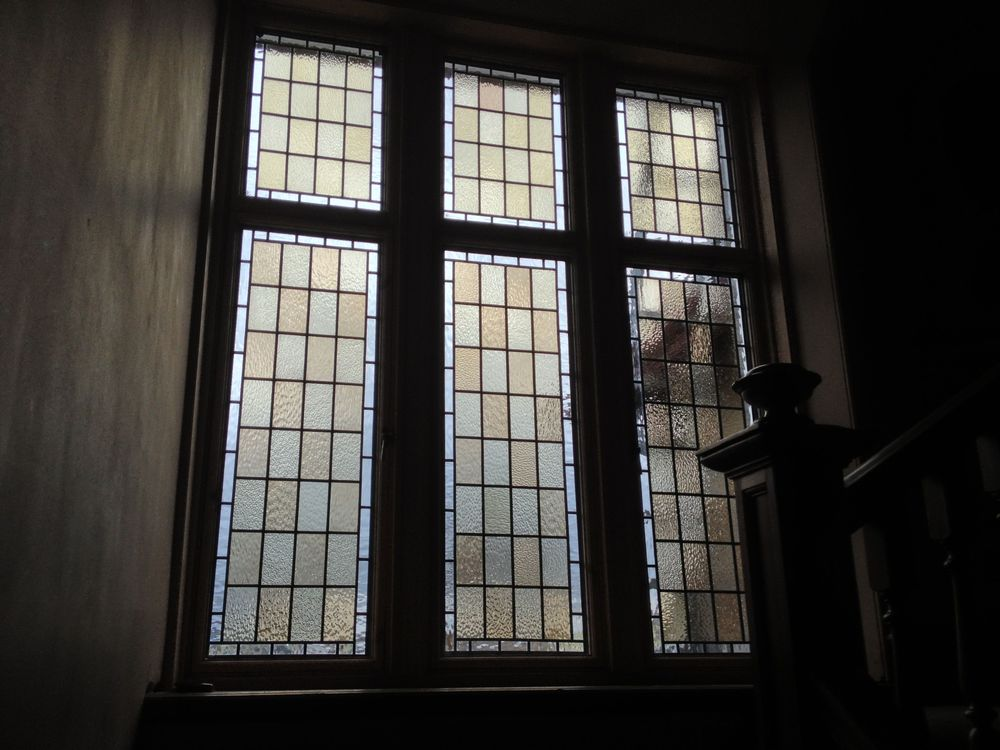Encapsulated stained glass panels (internal)