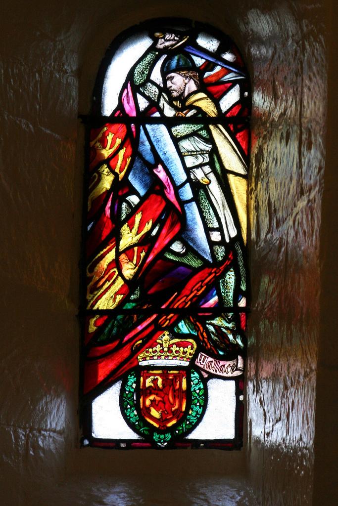 William Wallace Window - St Margaret's Chapel, Edinburgh Castle (Douglas Strachan, 1922). (Photo by jojo77 -http://www.flickr.com/photos/jovriens/)