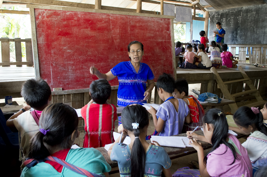 Klassen zitten vaak bij elkaar in dezelfde ruimte.