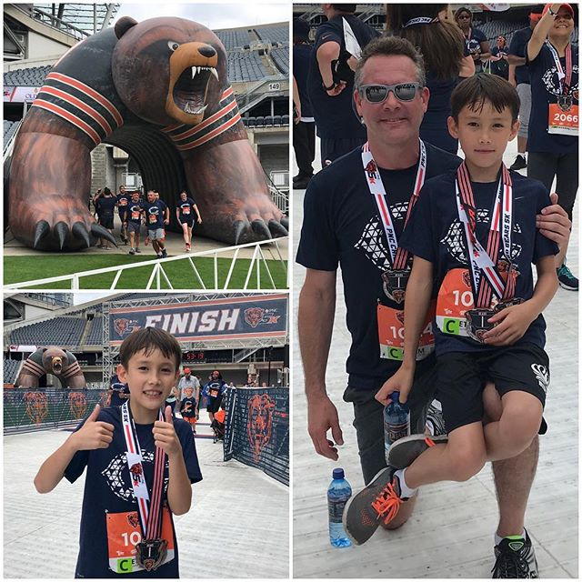 Bears 5k, a great way to start the day! . . #bears5k #chicago #bears #chicagobears #5k #run #running #summerinthecity