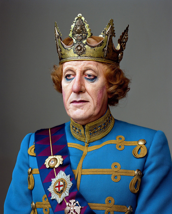 Geoffrey Rush. Courtesy of Martin Schoeller and Hasted Kreutler.