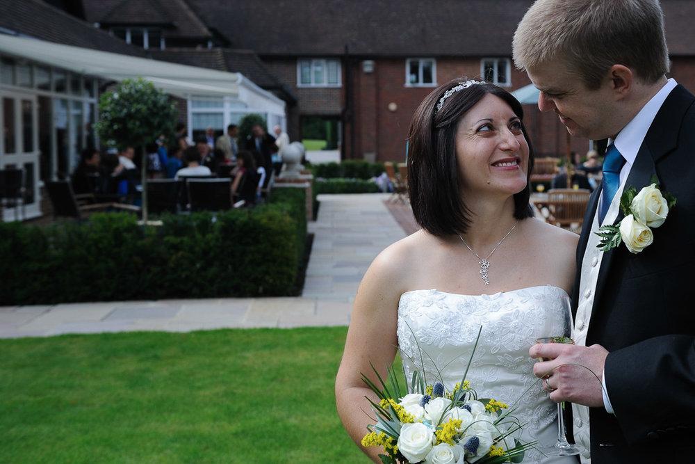 Sonning Golf Club Wedding photography_02.jpg
