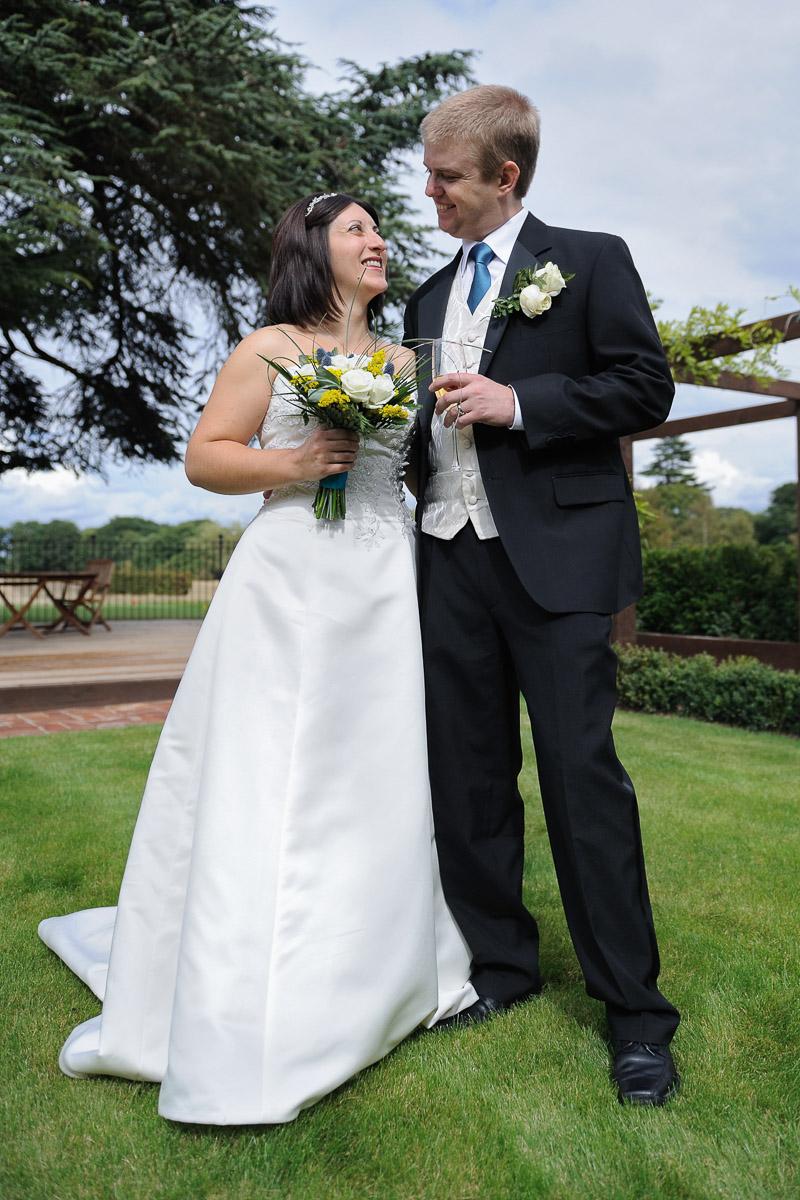 Sonning Golf Club Wedding photography_01.jpg