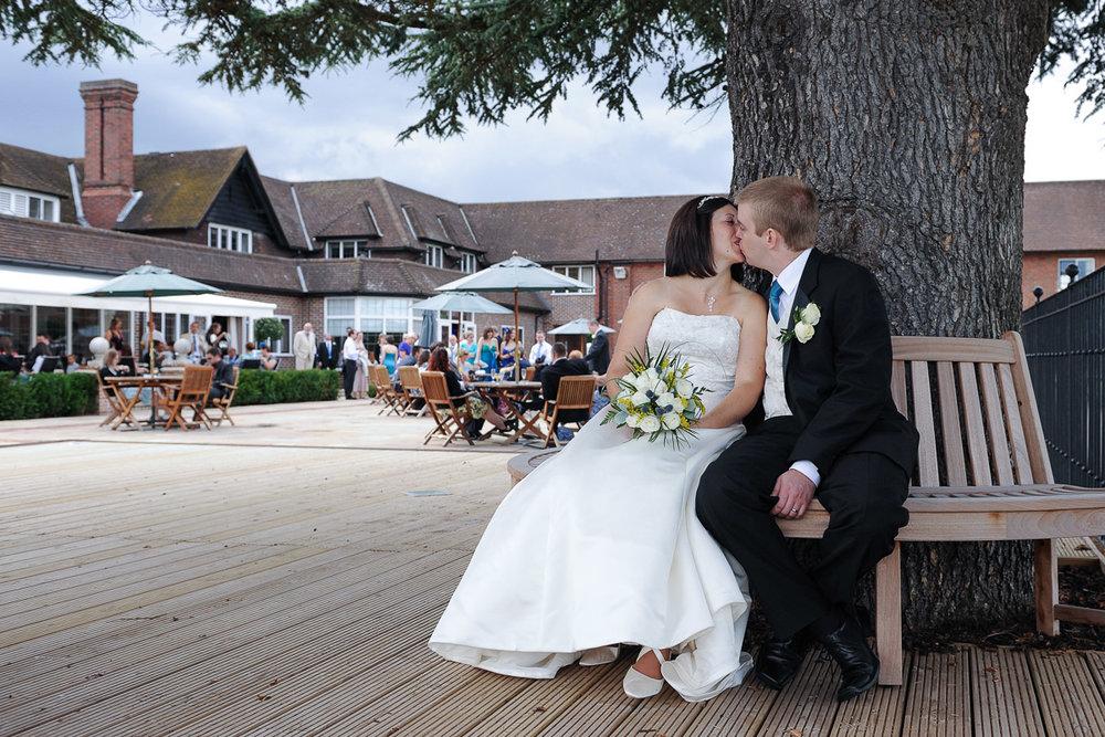 Sonning Golf Club Wedding photography_06.jpg
