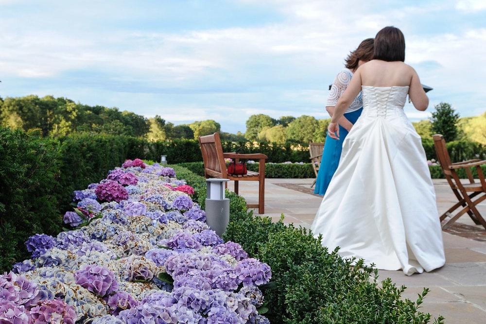 Sonning Golf Club Wedding photography_15.jpg