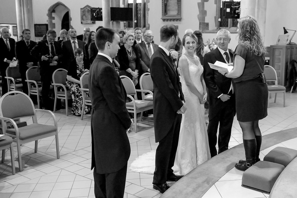 Greyfriars Reading wedding photography_07.jpg
